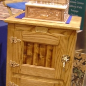 Small Icebox with Register